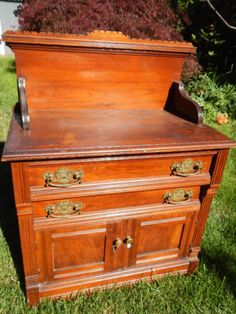 1000 ideas about antique sideboard on pinterest for Meuble antique kijiji