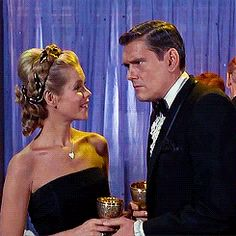 """Waltzing Through Life — gingerastaire: Bewitched - """"Twitch or. Agnes Moorehead, Seventies Fashion, Retro Fashion, Bewitched Tv Show, 60s Tv Shows, Bewitched Elizabeth Montgomery, Erin Murphy, Strega, Vintage Burlesque"""