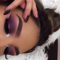 Eye Makeup Tips.Smokey Eye Makeup Tips - For a Catchy and Impressive Look Kiss Makeup, Glam Makeup, Pretty Makeup, Love Makeup, Makeup Inspo, Makeup Art, Makeup Inspiration, Beauty Makeup, Hair Makeup