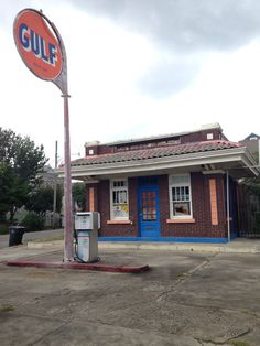 Gas Station, old Algiers, New Orleans, Louisiana