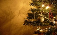 beautiful christmas pictures for desktop Merry Christmas Pictures, 25 Days Of Christmas, Christmas Music, Gold Christmas, Beautiful Christmas, Christmas Bulbs, Christmas Feeling, Xmas, Christmas 2015