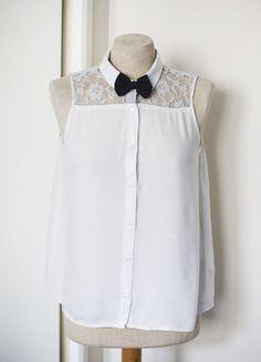 À vendre sur #vintedfrance ! http://www.vinted.fr/mode-femmes/blouses-and-chemises/25583350-chemise-blouse-blanche-sans-manche-empiecement-dentelle-hm-t36