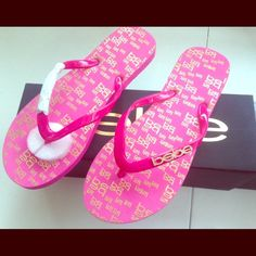 BEBE SANDALS   NEW IN BOX•PINK SANDALS•GOLD HARDWARE•WOULD MAKE A GREAT GIFT!! bebe Shoes Sandals