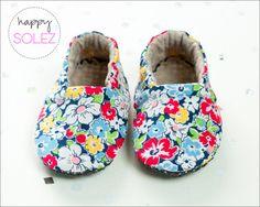 Retro Floral Eco-Friendly Baby Booties by Happy Solez!