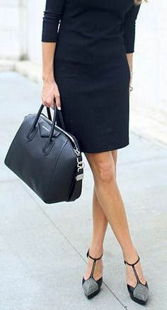 Business Look with T-stripe pumps and Doctor's bag, all in black