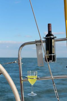 Once in a Lifetime Experience – Yacht Charter Sailing in Greece Boat Building Plans, Boat Plans, Fishing Boat Accessories, Camping Accessories, Liveaboard Sailboat, Sea Ray Boat, Sailboat Interior, Boating Holidays, Sailboat Living