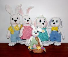 Free bunny family crochet patterns!