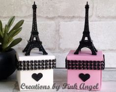 Artículos similares a Set of 12 Paris Favors, Pink and Gold Paris Baby Shower Favors, Paris Wedding Favors, Gold and Pink Eiffel Tower Favors en Etsy Sweet 16 Birthday, 16th Birthday, Paris Party Decorations, Paris Sweet 16, Eiffel Tower Centerpiece, Paris Birthday Parties, Tiffany Party, Valentine Day Boxes, Gift Card Boxes