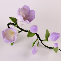 Edible Purple Freesia Filler Sprays sugar flower cake toppers and cake decorations perfect for cake decorating rolled fondant wedding cakes, cupcakes and birthday cakes and cupcakes.  Edible Cake Decoration and wholesale cake supplies. Fondant Flowers, Fondant Flower Tutorial, Sugar Flowers, Edible Flowers, Clay Flowers, Flower Cake Toppers, Cake Decorating Tutorials, Cake Decorating Techniques, Rolling Fondant