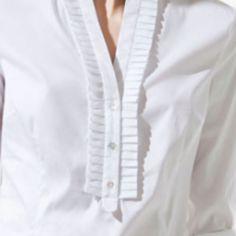 Crisp white shirt always wins. Neck Designs For Suits, Neckline Designs, Dress Neck Designs, Kurta Designs, Blouse Designs, Kurta Neck Design, Kurti Neck, Fashion Vocabulary, Crisp White Shirt