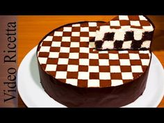 Torta a Scacchi - Chess Cake (con biscotti Oreo) - Video Ricetta Food Cakes, Cupcake Cakes, Oreo Cake Recipes, Cheesecake Recipes, Yummy Treats, Delicious Desserts, Sweet Treats, Biscotti, Chess Cake