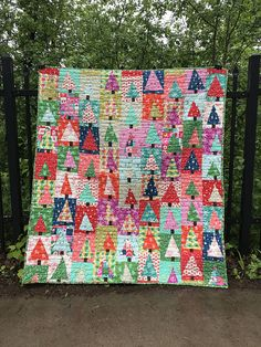 Holiday patchwork forest pattern by Amy Smart Diary of a Quilter Christmas Patchwork, Christmas Quilt Patterns, Christmas Sewing, Christmas Quilting Projects, Christmas Skirt, Christmas Tables, Purple Christmas, Christmas Crafts, Diy Craft Projects