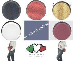 💚🤍💗 runde Crossbody Bag in diversen Farben und Strukturen.  Muss man einfach haben! www.italytrends.eu Eyeshadow, Beauty, Self, Circuit, Simple, Colors, Eye Shadow, Eye Shadows, Beauty Illustration