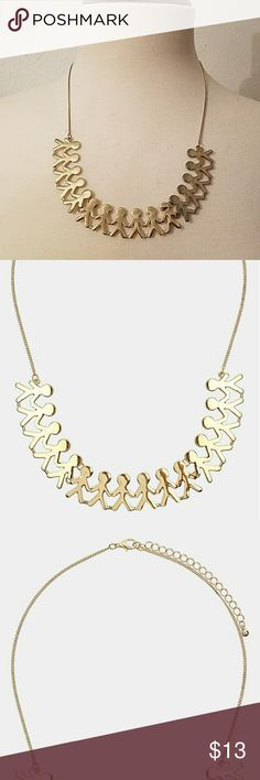 "Topshop People Necklace Topshop People nrcklace- goldtone necklace has the look of a fold-out paper chain. Lobster-clasp closure. Approx. length: 16"" with 3 1/4"" extender. Approx. pendant drop: 2 3/4"".Goldtone plate. Only worn once. Topshop Jewelry Necklaces"