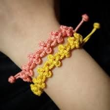 전통매듭 팔찌에 대한 이미지 검색결과 Paracord Projects, Rakhi, Macrame Bracelets, Knots, Crochet Earrings, Beads, Crafts, Laundry Rooms, Jewelry