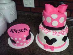 Minnie mouse cake w/ bow and ears & smash cake