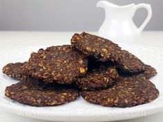 Hoy vamos a ver cómo preparar unas deliciosas galletas de avena y chocolate sin azúcar ni harina. Riquísimas, aptas para diabéticos y muy facilitas de hacer.<br /> La verdad es que ...