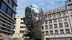 Sculpture -  revolving head  Скульптура -  вращающаяся голова