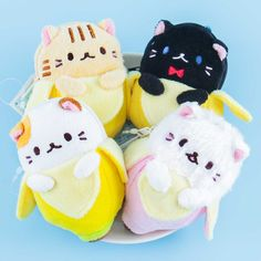 Bananya Mini Pouch & Plushie Charm Japanese Plushies, Kawaii Gifts, Kawaii Things, Kawaii Stationery, Cute Charms, Kawaii Shop, Welcome Gifts, Easter Crafts For Kids, Mini Purse