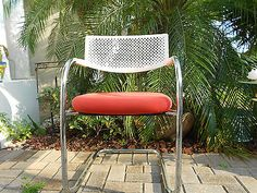 MID - CENTURY MODERN CHAIR DESIGN BY ANTONIO CITTERIO WITH GLEN OLIVER  LOW