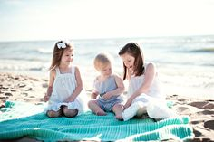 Boutique Portraiture for Chicago and all surrounding suburbs Beach Photography, Children Photography, Photography Ideas, Mini Photo, Beach Ideas, Little Fashionista, Studio Ideas, Beach Pictures, Family Portraits