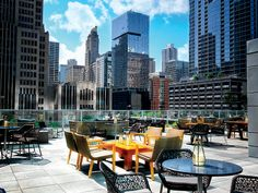 Streeterville Social rooftop bar,  atop the Loews Chicago Hotel