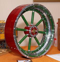 Más tamaños | Meccano Flywheel | Flickr: ¡Intercambio de fotos!