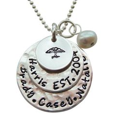 Just ordered this from hip mom jewelry, can't wait to get it!