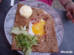 Una deliciosa gallette francesa con queso de cabra #yummy #gastronomia #foodtrends