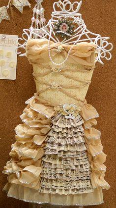 Brag Monday - Hydrangea Tins & Paper Dress - The Graphics Fairy