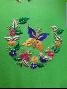 Bead Embroidery Tutorial, Floral Embroidery Patterns, Hand Embroidery Videos, Hand Embroidery Flowers, Embroidery Suits Design, Hand Work Embroidery, Couture Embroidery, Flower Embroidery Designs, Beaded Embroidery