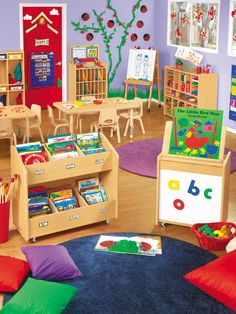 Love all of the color and everything is arranged and accessible to the children.
