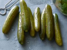 Recipe courtesy of Alton Brown Show: Good Eats Episode: Dill-icious Get Dill Pickles Recipe from Food Network Homemade Pickles, Pickles Recipe, How To Make Pickles, Brown Recipe, Fried Pickles, Spicy Pickles, Canning Pickles, Refrigerator Pickles, Pickling Cucumbers