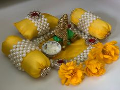 Gauri Decoration, Janmashtami Decoration, Bal Gopal, Snap Snapchat, God, Beads, Home Decor, Dios, Beading