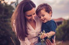 Educar a los niños con inteligencia emocional hace que sean niños felices
