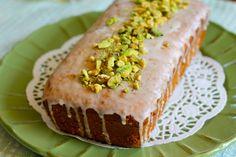 ピスタチオとカルダモンのケーキ : サン