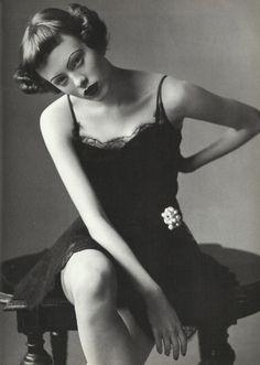Karen Elson by Steven Meisel for Vogue Italia 1997