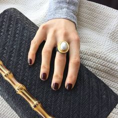 """Obsessed with this mabe pearl """"Pompei"""" ring 😍😍 #likabeharcollection #likabehar #24k#gold #oxidizedsilver #mabepearl #ring #finejewelry #jewelry #fashion #look #style #oodt #lovegold #gemstone #coloredstone"""