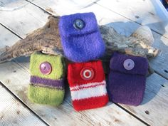 Ipod/Iphone cozy by SignsCapeCodDesigns on Etsy, $14.00