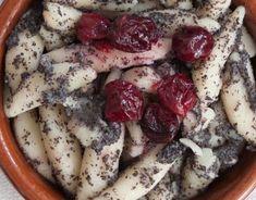 Domáci čučoriedkový koláč - Receptik.sk Chia Puding, Camembert Cheese, Dairy, Food, Hampers, Essen, Meals, Yemek, Eten