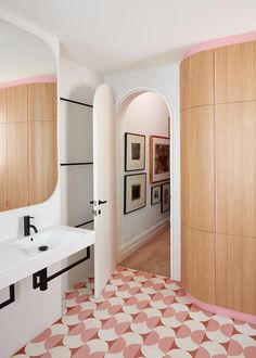 Bold, patterned floor tiles set the tone for this playful pink bathroom in a terrace home. Modern Bathroom Design, Bathroom Interior Design, Modern House Design, Decor Interior Design, Bathroom Designs, Modern Bathrooms, Small Bathrooms, Bath Design, Tile Design