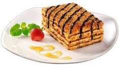 Famous Marlenka Honey Cake Recipe - Free Restaurant Recipes Marlenka honey cake with milk and nuts comes from Armenia. In the past 10 years it has become world-famous and very popular thanks its wonderful taste. Baking Recipes, Cake Recipes, Dessert Recipes, Vegetarian Recipes Easy, Clean Eating Recipes, Nutella, Oreo, Cake Wallpaper, Honey Cake