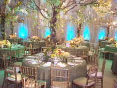 Browse photos of centerpieces ideas. View from extravagant floral centerpieces to simple vase arrangements and much more.