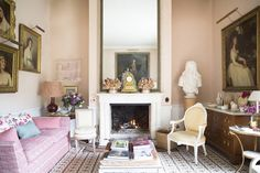 See more images from India Hicks Family Tradition on domino.com