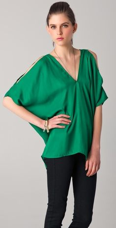 BB Dakota Geona Dolman Top. Love the green color and cut out sleeves
