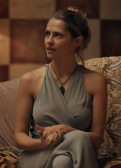 Post with 1520 views. A Discovery of Witches - Diana Bishop Style Inspiration Teresa Palmer Kristen Stewart, Deborah Harkness, Nos4a2, A Discovery Of Witches, Mary Elizabeth Winstead, Witch Fashion, Rachel Weisz, Old Soul, Penelope Cruz