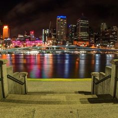 A beautiful evening full of reflections. #WeTowHere #Brisbane #RiverCity #River #Reflections #thisisqueensland