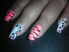 Heart cheetah print/tiger stripes nail design