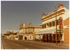 Stanley Street, South Brisbane 1987 prior to Expo Plough Inn which is now part of Southbank Brisbane Gold Coast, Brisbane City, Brisbane Queensland, Queensland Australia, Australian Continent, Queenslander, Odd Stuff, Largest Countries, Sunshine State