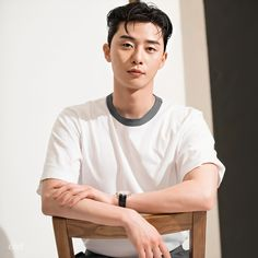 Handsome Korean Actors, Handsome Faces, Dramas, Park Seo Joon, Park Min Young, E Dawn, Kdrama Actors, Cute Actors, Korean Celebrities